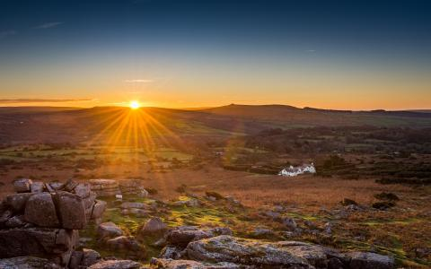 Image of moorland with sun